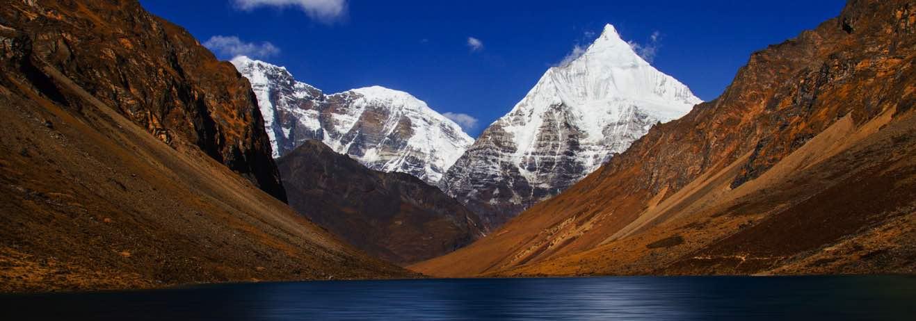 Le Tradizioni del Bhutan e uno dei più bei trekking del paese